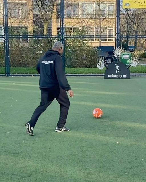 HAPPY FRIDAY🔥 The GOALMASTER PRO PLUS➕is a perfect tool to use in soccer drills for more accurate shooting skills⚽️ DM/email for more information about this model