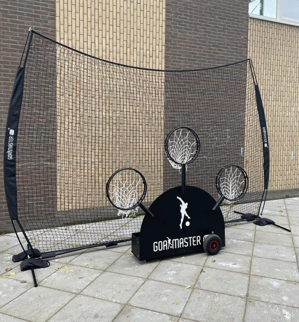 The BACKSTOP is now available in the webshop‼️ This is the ideal portable barrier to block stray shots for all sports activities.   ☑️The netting is completely removable ☑️Easy set-up, no tools required ☑️For all sport activities ☑️For indoor and outdoor use ☑️Travel/carry bag included
